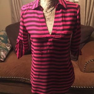 EUC colorful blouse to be worn at work or play👍